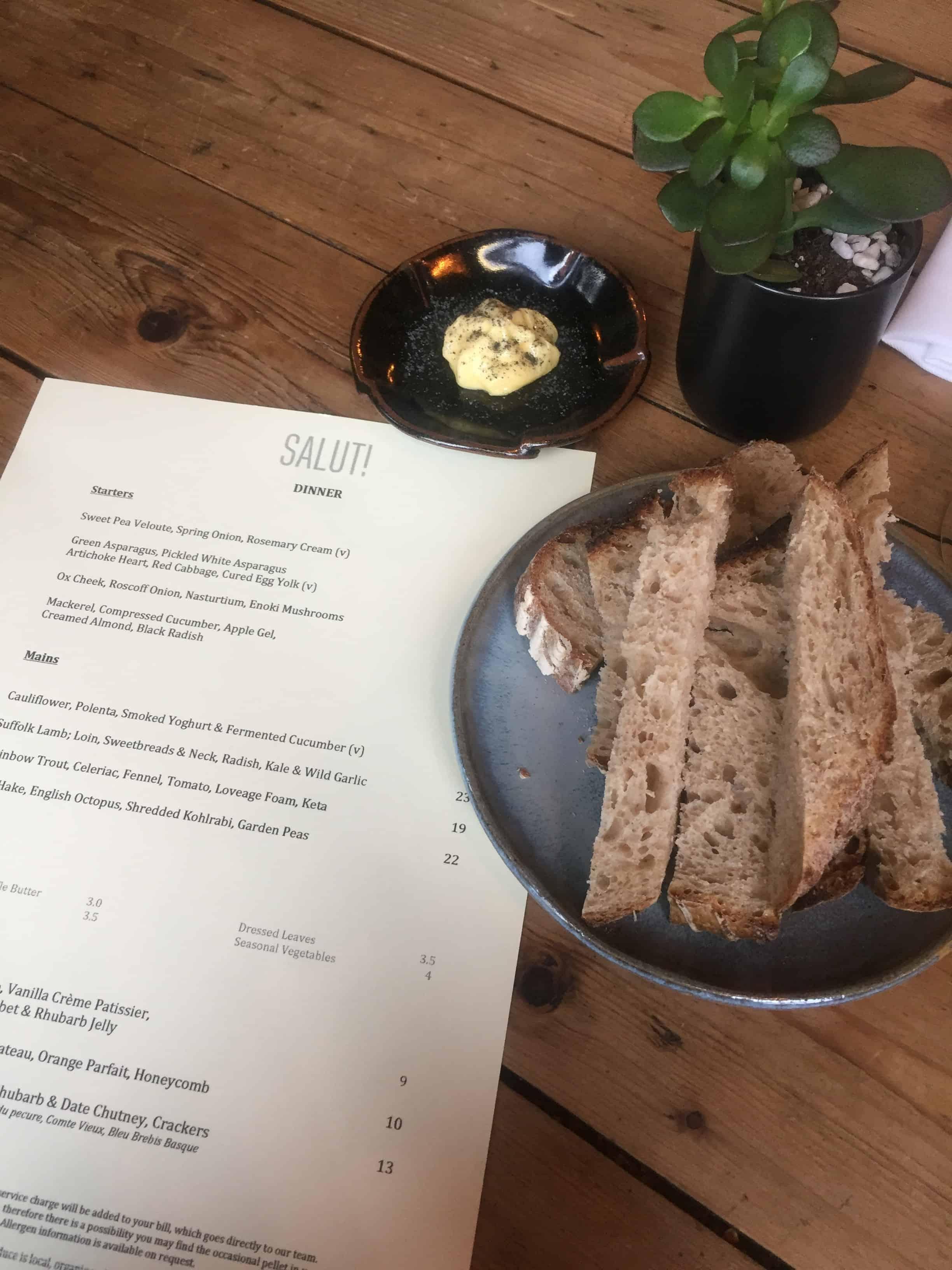 Salut Restaurant in Islington