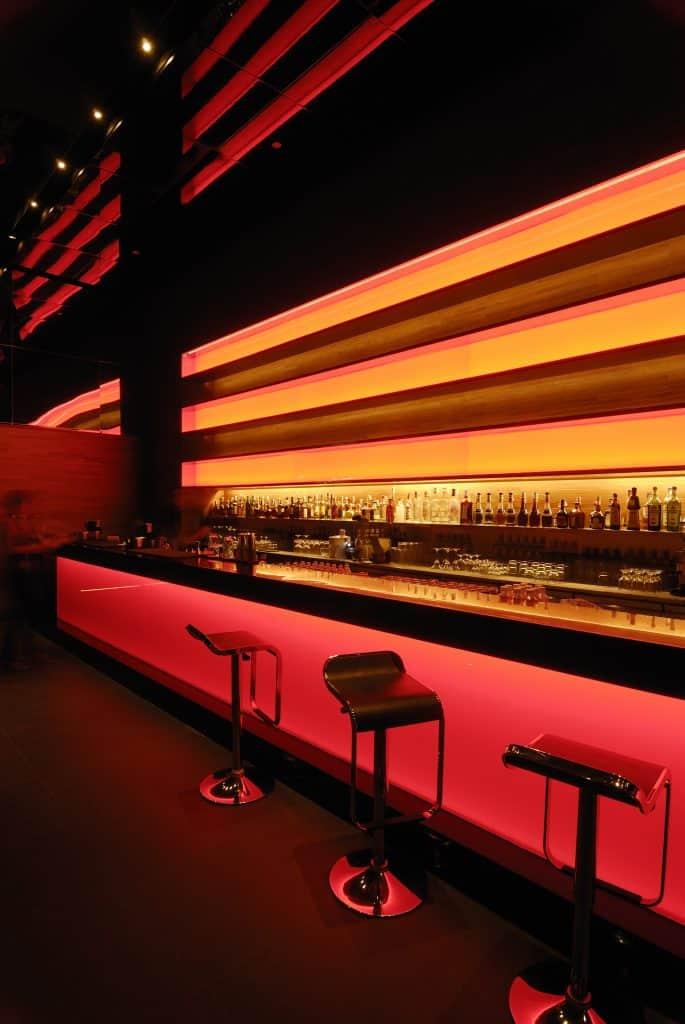 Long Table Bangkok Restaurant