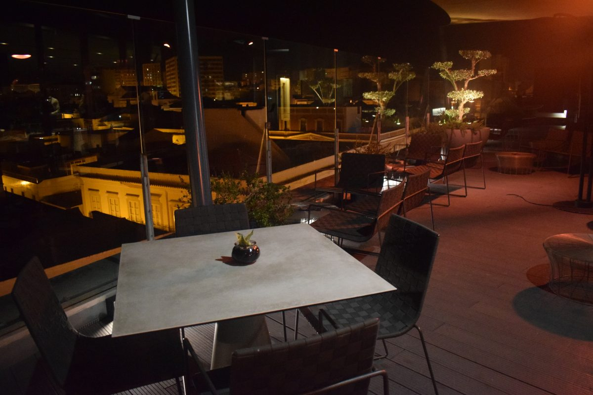 rooftop restaurant in faro