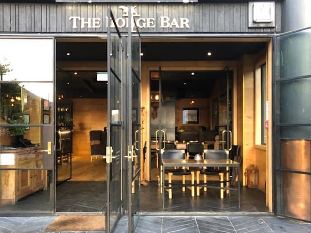 cocktail bar in queenstown